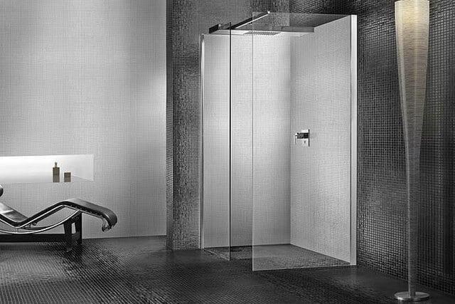 Combien coûte la pose d'une douche à l'italienne?