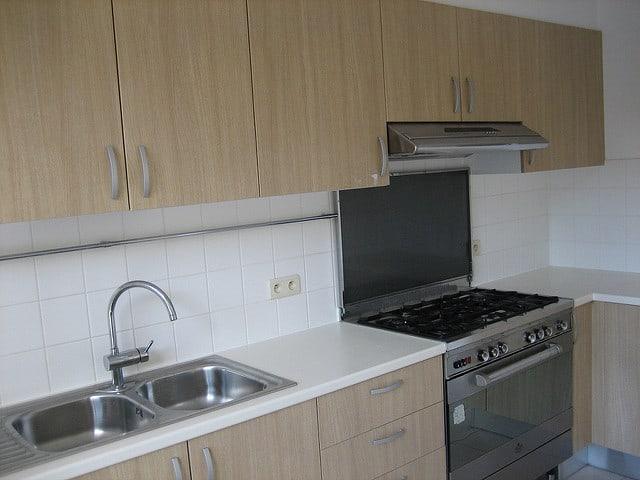 Comment bien ranger une cuisine maison design for Installation cuisine