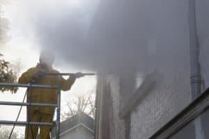 méthodes agressives nettoyage facade haute pression