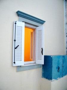 fenêtre grecque ©stockvault