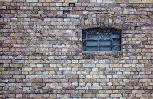 fenetre sur mur ©Pixabay
