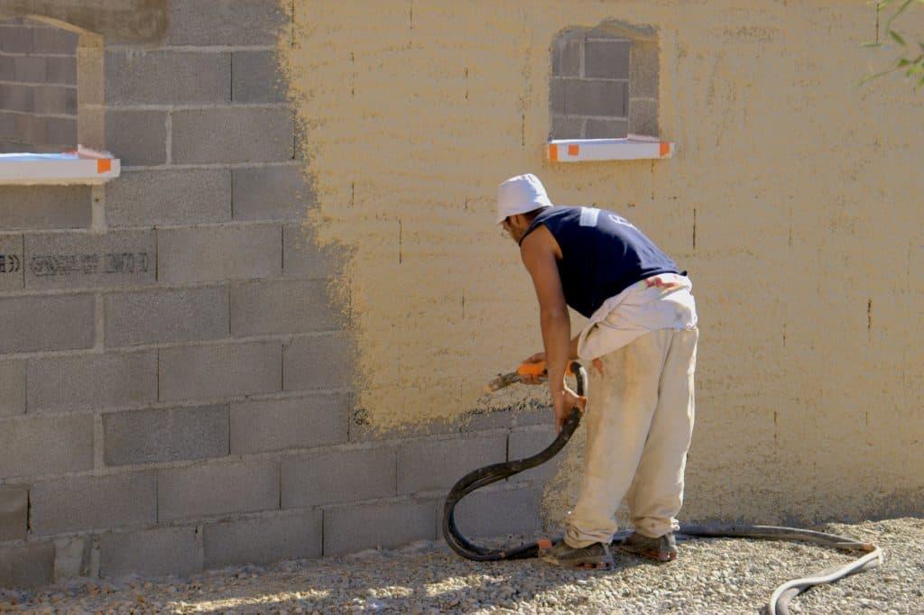 peinture pour une façade en béton